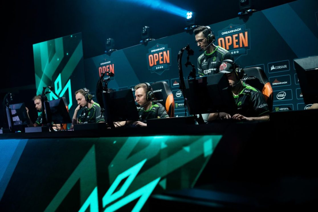 Full program in the ESL Pro League and The Masked Singer on TV!
