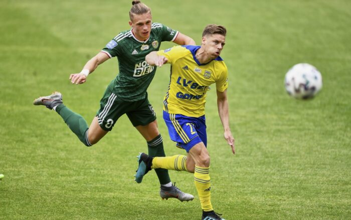 Legia Warsaw vs Arka Gdynia Betting Odds Comparision